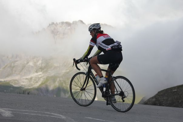 alpd'huezroadcycling5.JPG - France - Alps - Mont Ventoux to Alpe d'Huez - Guided Road Cycling Holiday - Road Cycling