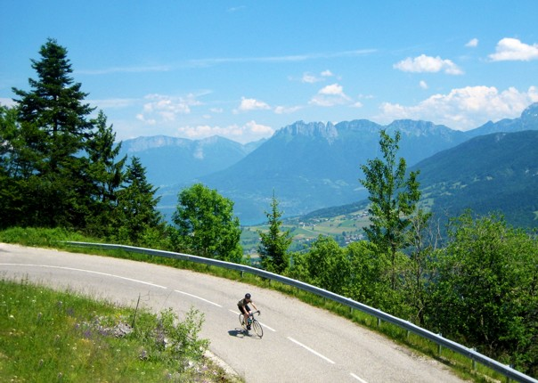 cycling-guided-road-adventure-alps-france.jpg - France - Alps - Mont Ventoux to Alpe d'Huez - Guided Road Cycling Holiday - Road Cycling