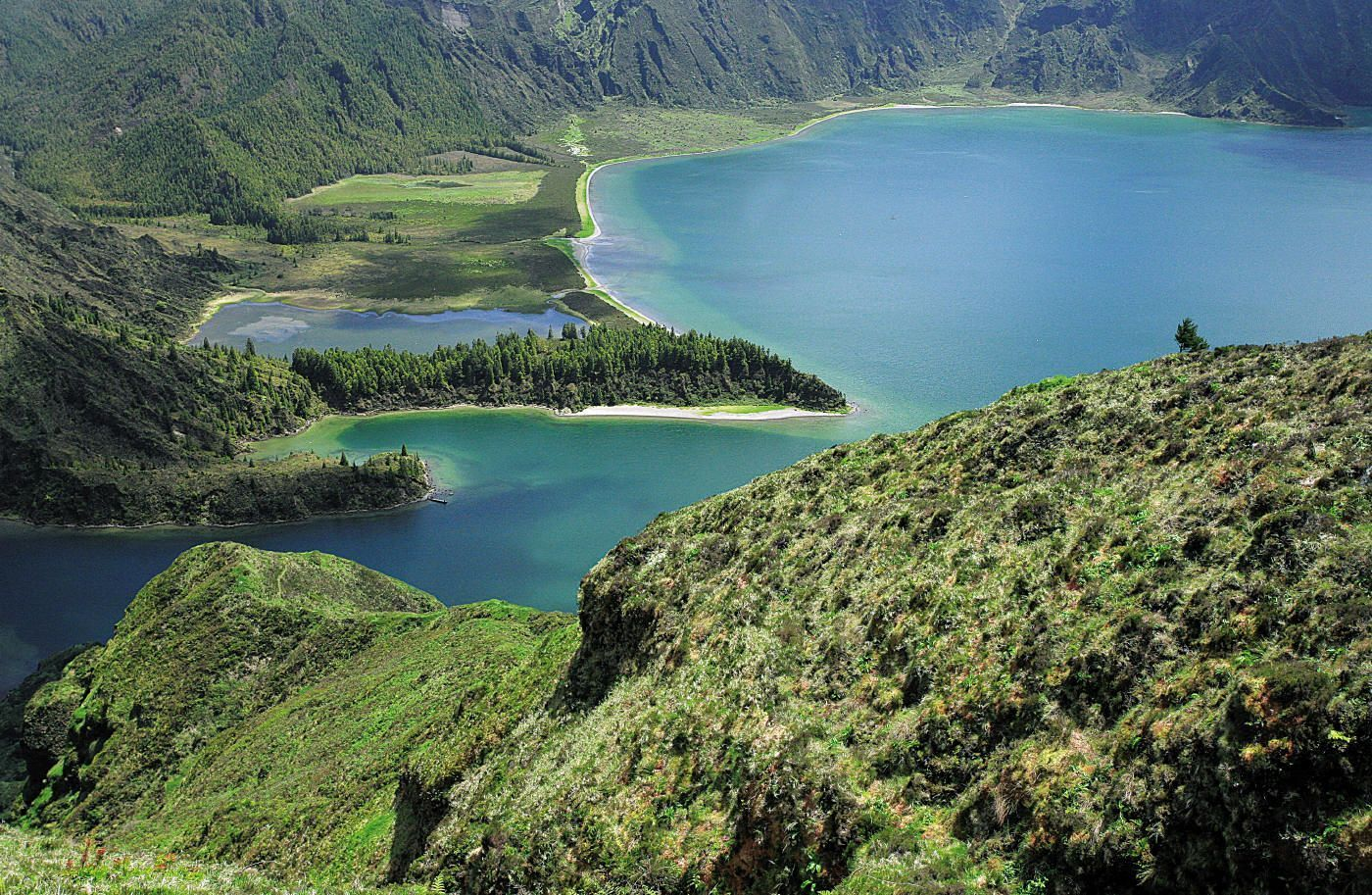 Lagoa do Fogo 03.jpg - The Azores - Lakes and Volcanoes - Self-Guided Road Cycling Holiday - Road Cycling