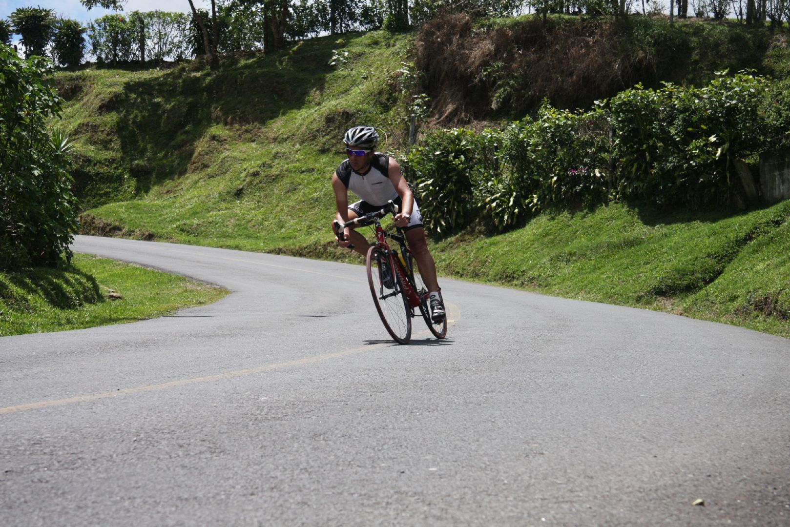 azores road.jpg - The Azores - Lakes and Volcanoes - Self-Guided Road Cycling Holiday - Road Cycling