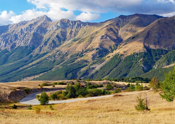 Late afternoon in the Gran Sasso park.jpg - Italy - Grand Traverse - North to South - Road Cycling