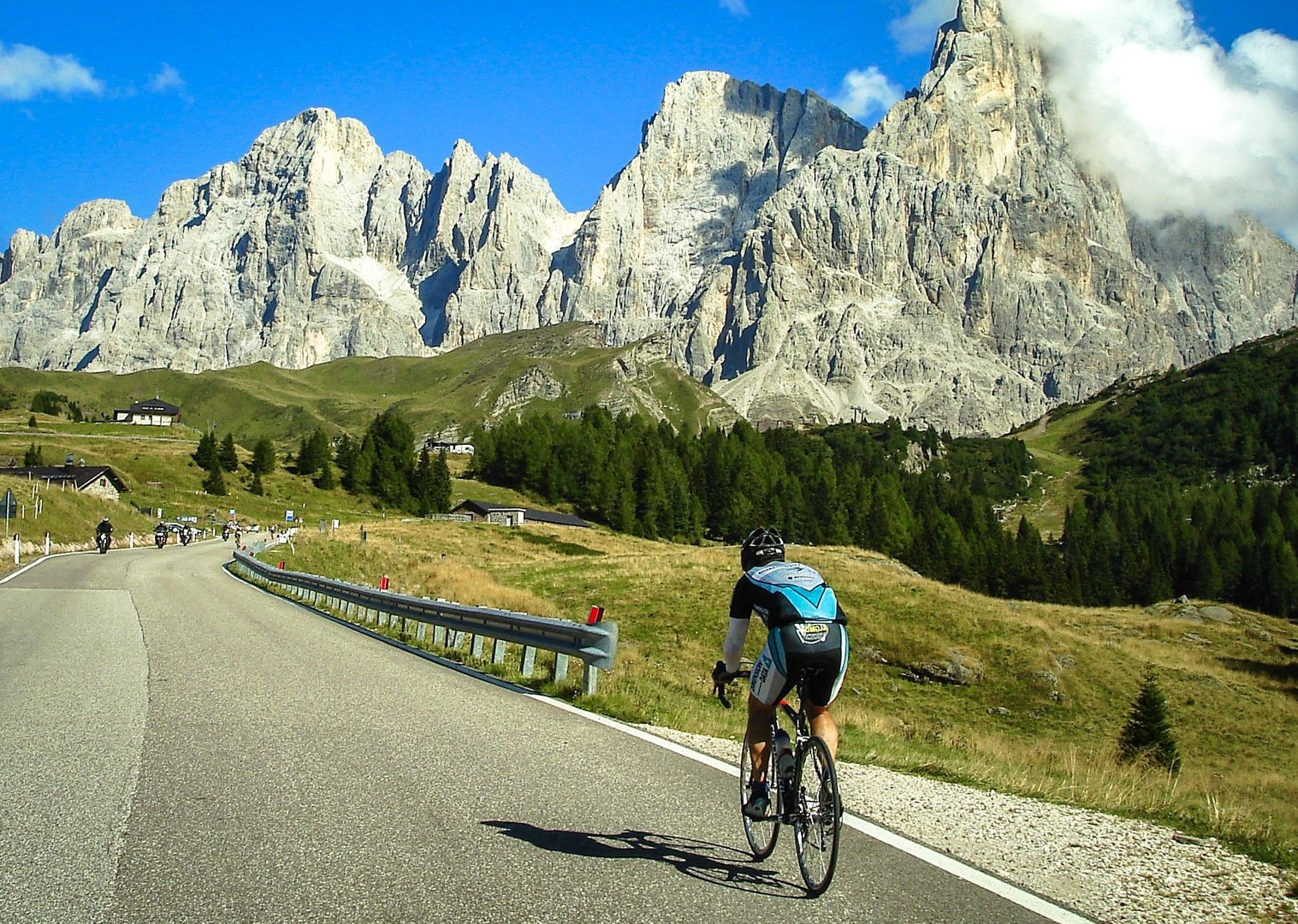 raid-dolomiti-saddle-skedaddle-mountain-passes.jpg - Italy - Raid Dolomiti - Guided Road Cycling Holiday - Road Cycling