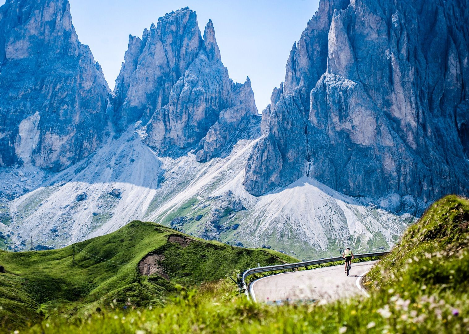 incredible-road-cycling-with-saddle-skedaddle-in-italy.jpg - Italy - Raid Dolomiti - Guided Road Cycling Holiday - Road Cycling