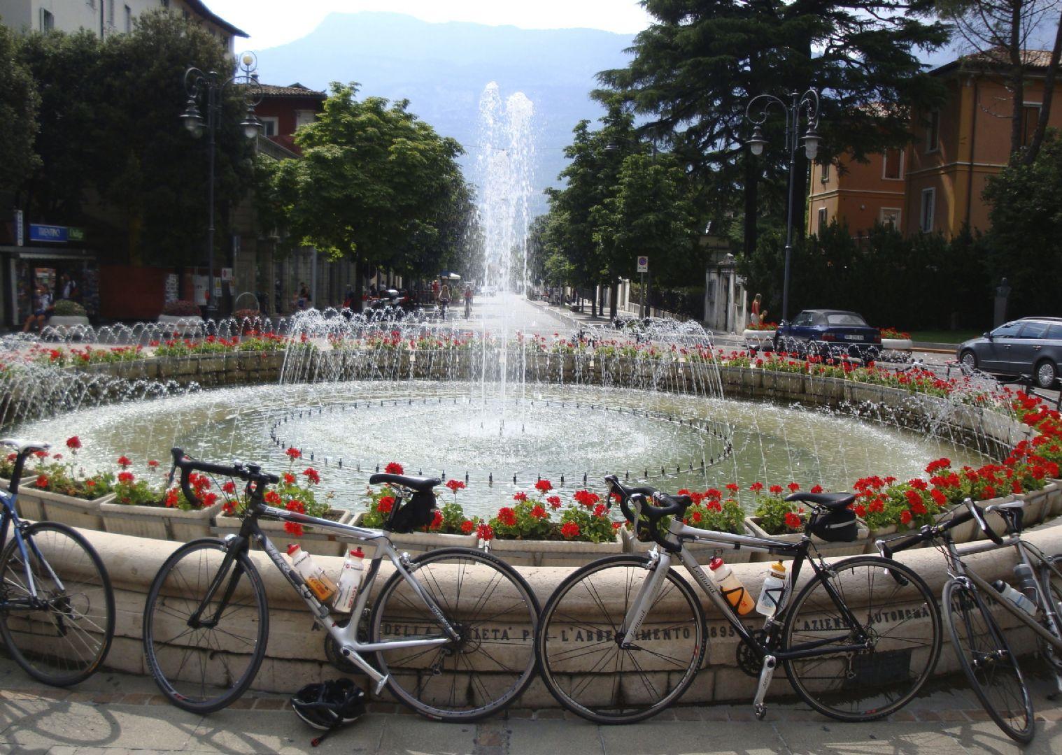 DolomitesRoadCycling123.jpg - Italy - Raid Dolomiti - Guided Road Cycling Holiday - Road Cycling