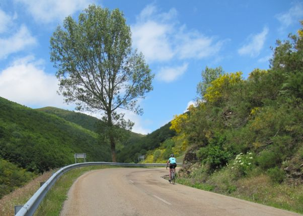 14421038767_88ec47bfcd_o.jpg - Northern Spain - Spanish Pyrenees - Guided Road Cycling Holiday - Road Cycling