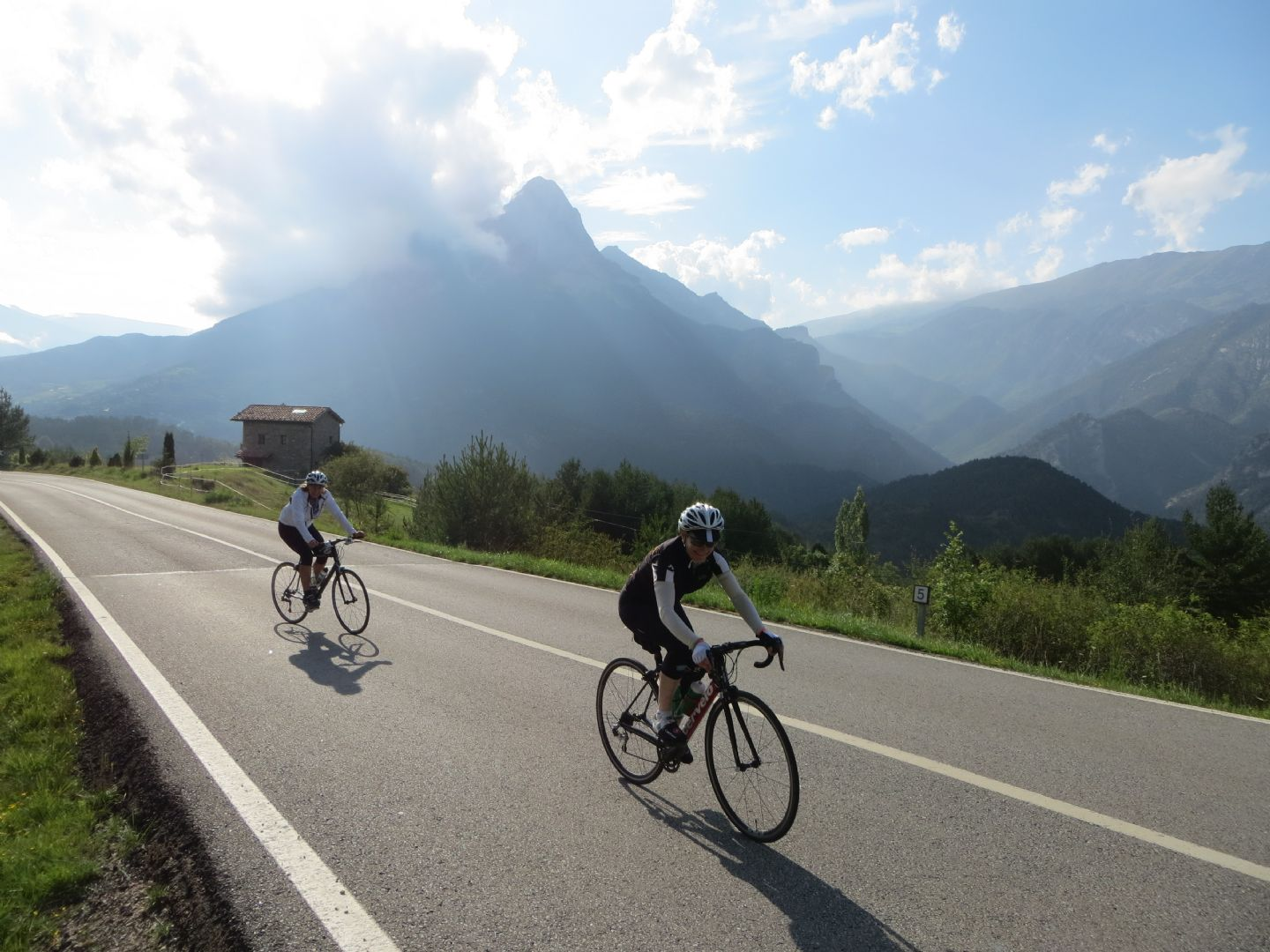 IMG_1017.JPG - Northern Spain - Spanish Pyrenees - Guided Road Cycling Holiday - Road Cycling