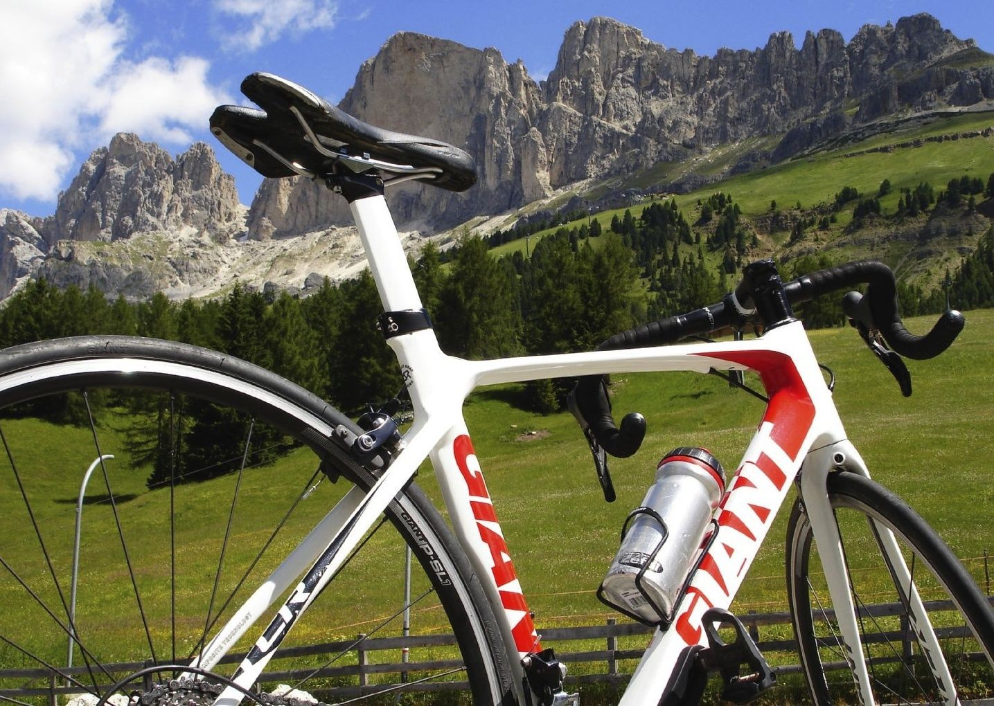 italiandolomites8.jpg - Italy - Italian Dolomites - Guided Road Cycling Holiday - Road Cycling