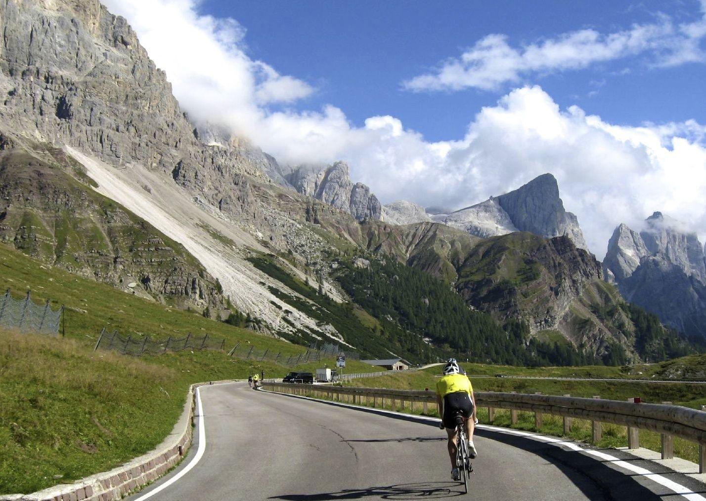 italiandolomites14.jpg - Italy - Italian Dolomites - Guided Road Cycling Holiday - Road Cycling
