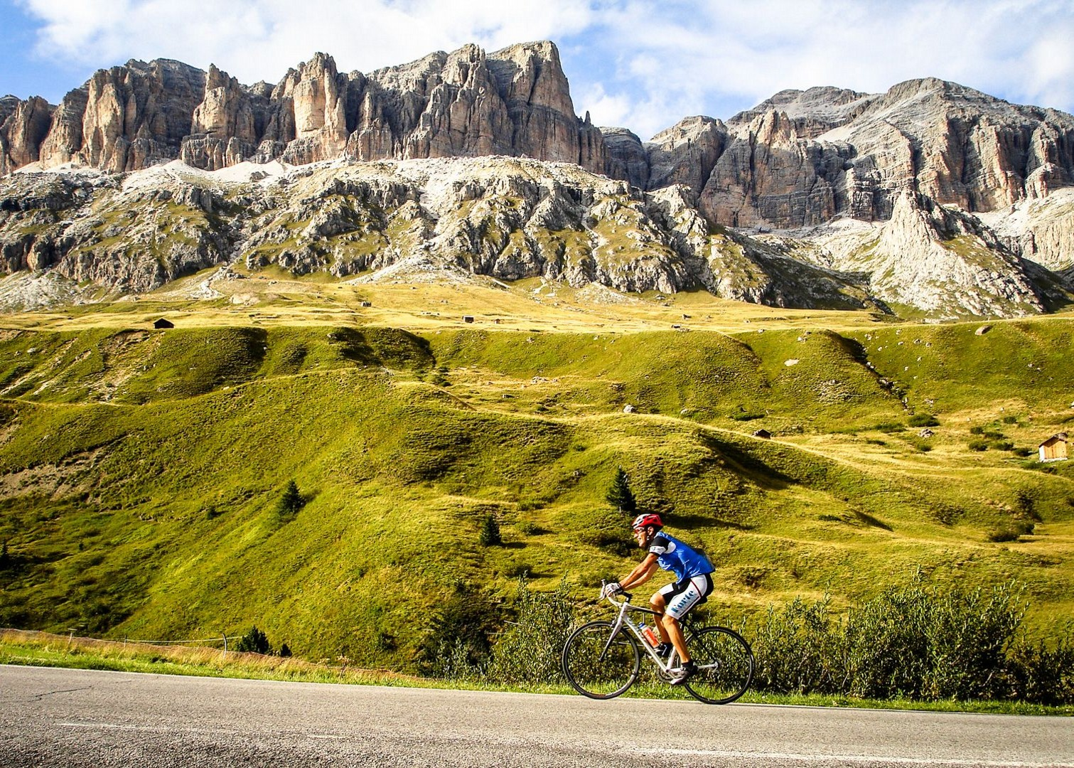 Droad-cycling-cols-of-italy-switzerland-and-france.jpg - Italy - Italian Dolomites - Guided Road Cycling Holiday - Road Cycling