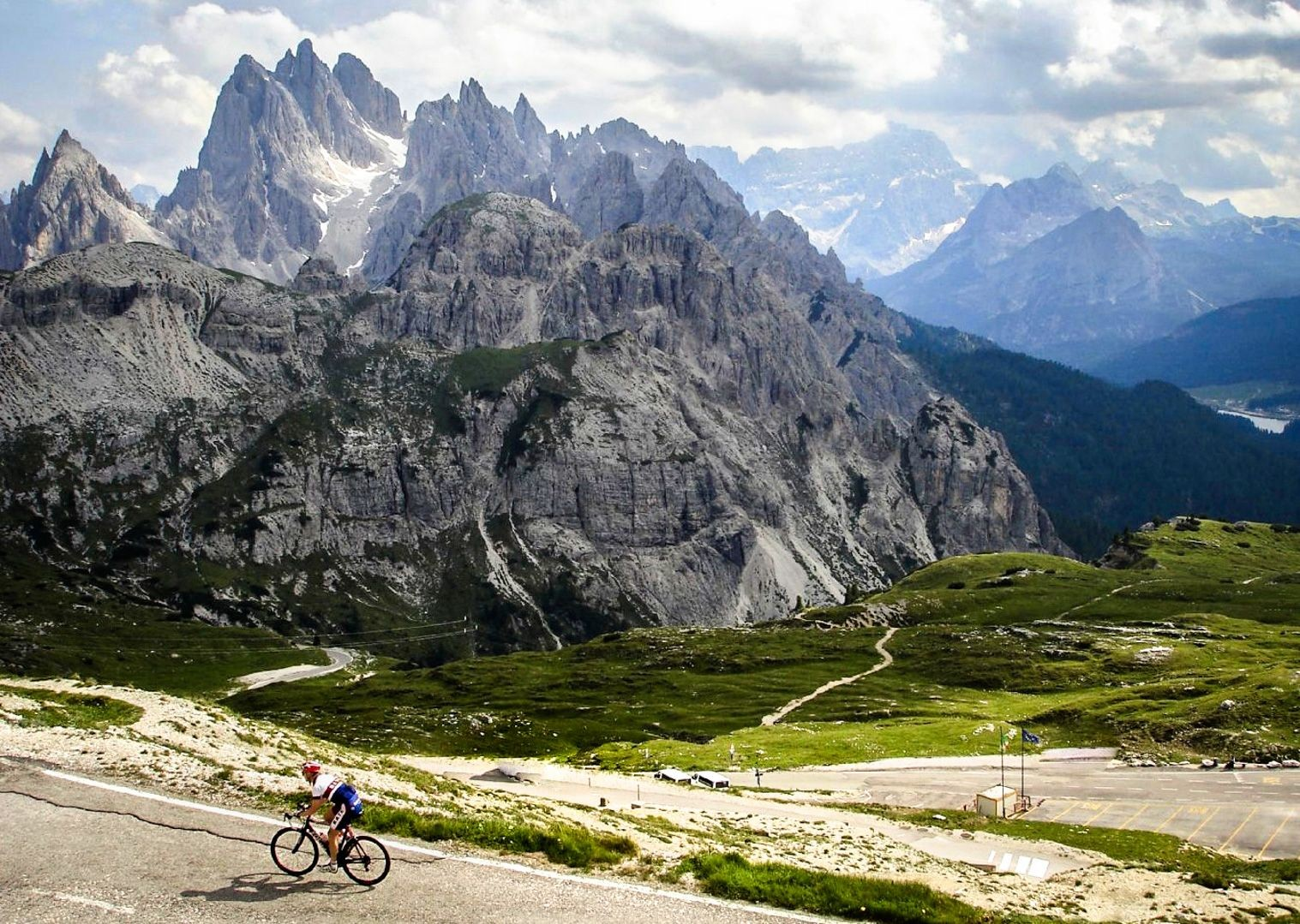 incredible-mountain-climbs-scenery-on-road-bike.jpg - Italy - Italian Dolomites - Guided Road Cycling Holiday - Road Cycling