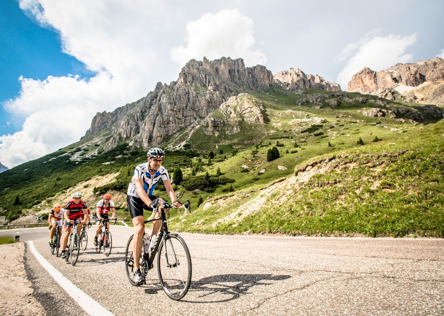 challenging-climbs-italian-dolomites-road-bike-skedaddle.jpg - Italy - Italian Dolomites - Guided Road Cycling Holiday - Road Cycling
