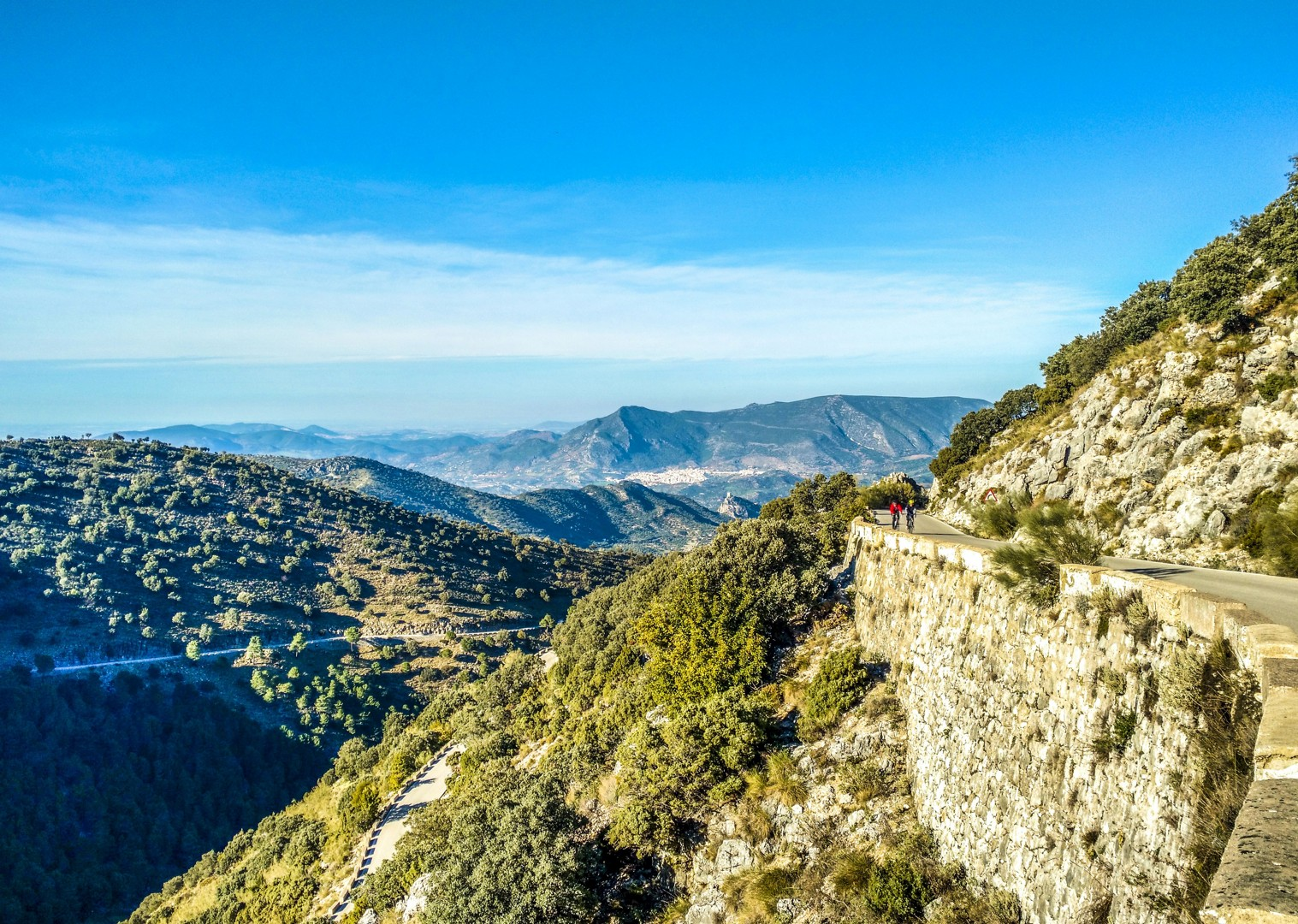 spanish-mountains-guided-road-cycling-tour-fun-group.jpg - Southern Spain - Andalucia - Los Pueblos Blancos - Guided Road Cycling Holiday - Road Cycling