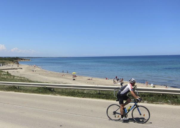 road-cycling-holiday-puglia-coast.jpg - Italy - Grand Traverse - South to North (22 days) - Guided Road Cycling Holiday - Road Cycling