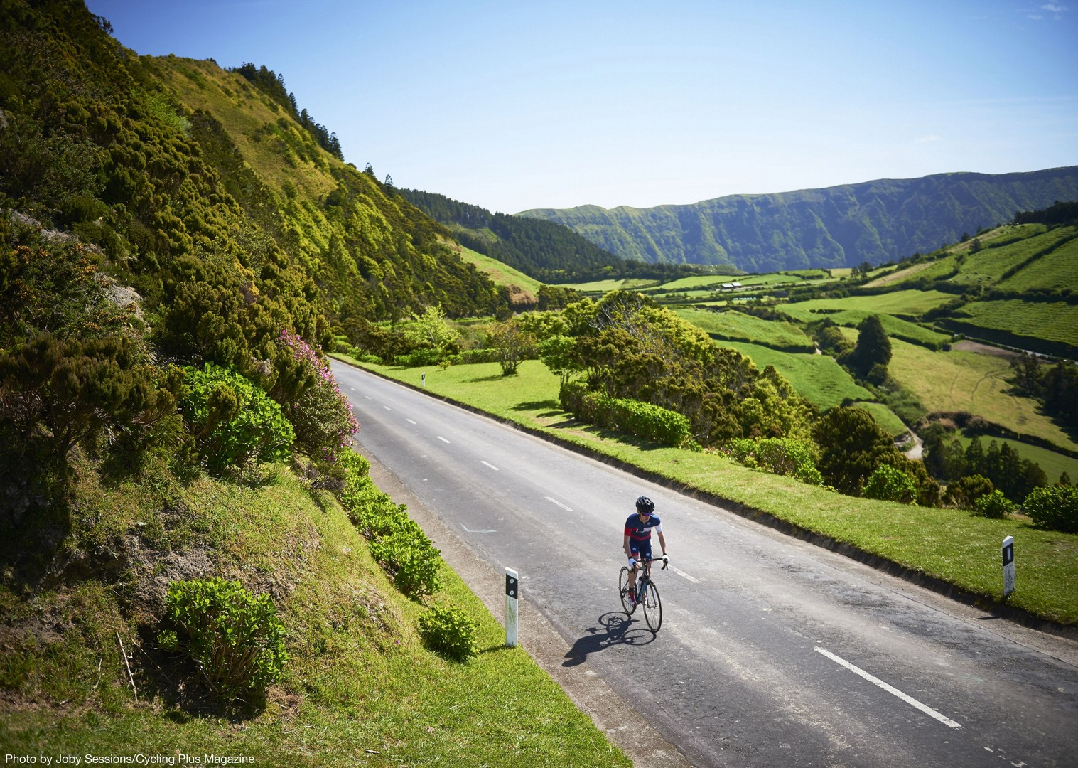 high-quality-luxurious-accommodation-road-cycling-holiday-the-azores.jpg - The Azores - Lost World of Sao Miguel - Guided Road Cycling Holiday - Road Cycling