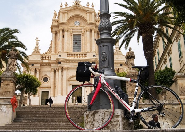 Bike at Modica.jpg - NEW! Italy - Sicily - 2018 Giro Special - Road Cycling
