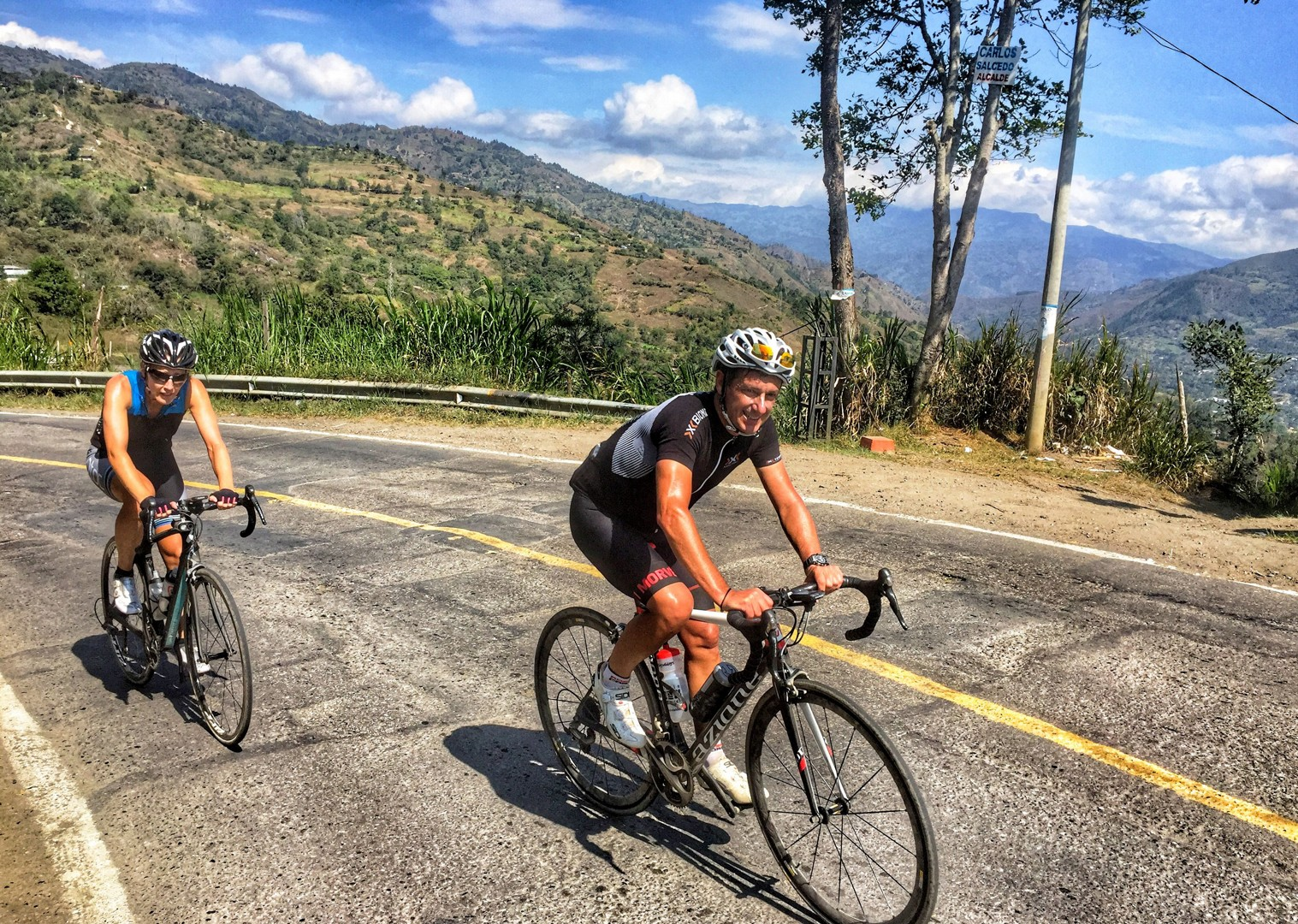 Andean-highlands-guided-road-cycling-holiday-emerald-mountains-colombia.JPG - Colombia - Tres Cordilleras - Guided Road Cycling Holiday - Road Cycling