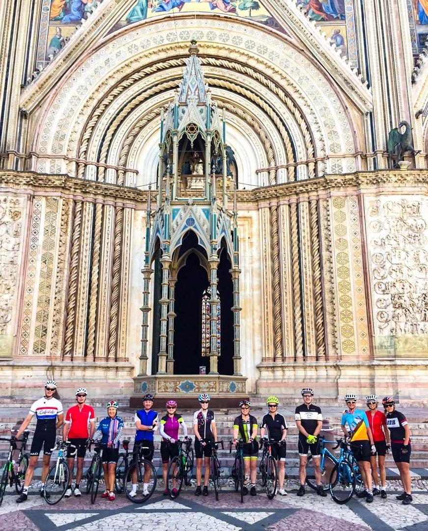 italy-group-guided-cycling-coast-to-coast-saddle-skedaddle-orvieto.jpg - NEW! Italy - Coast to Coast - L'Adriatico al Tirreno - Road Cycling