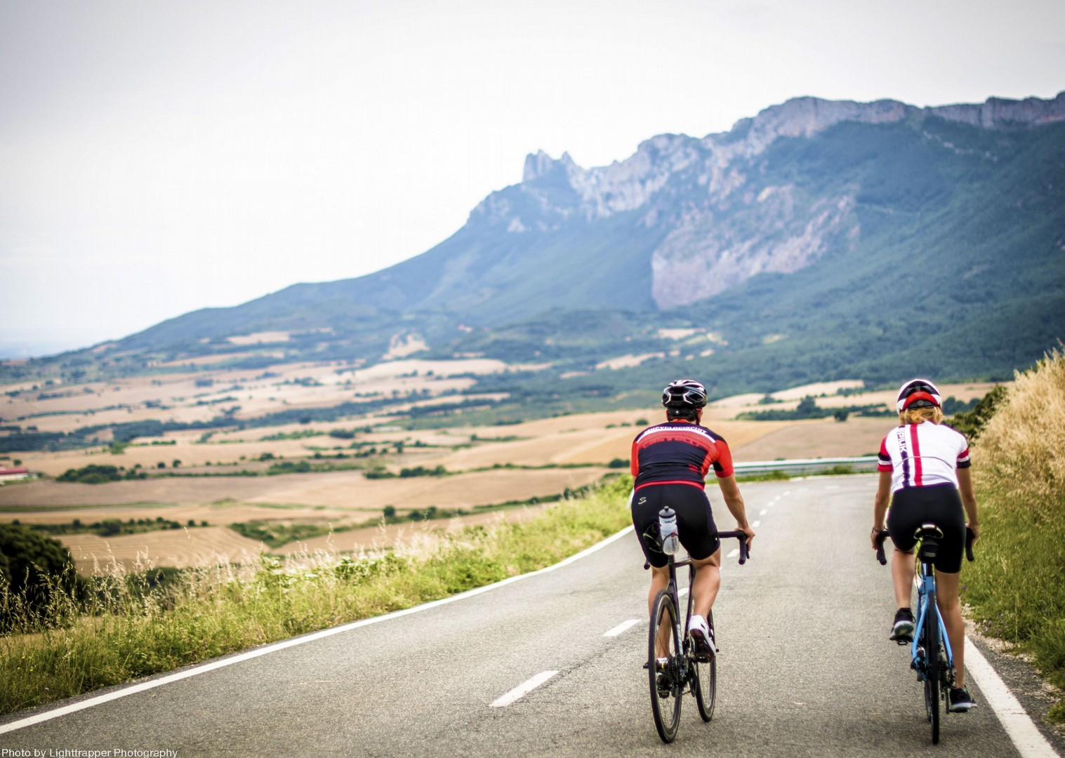 saddle-skedaddle-journey-mountains-tarmac-road-bike.jpg - Northern Spain - La Rioja - Ruta del Vino - Self-Guided Road Cycling Holiday - Road Cycling