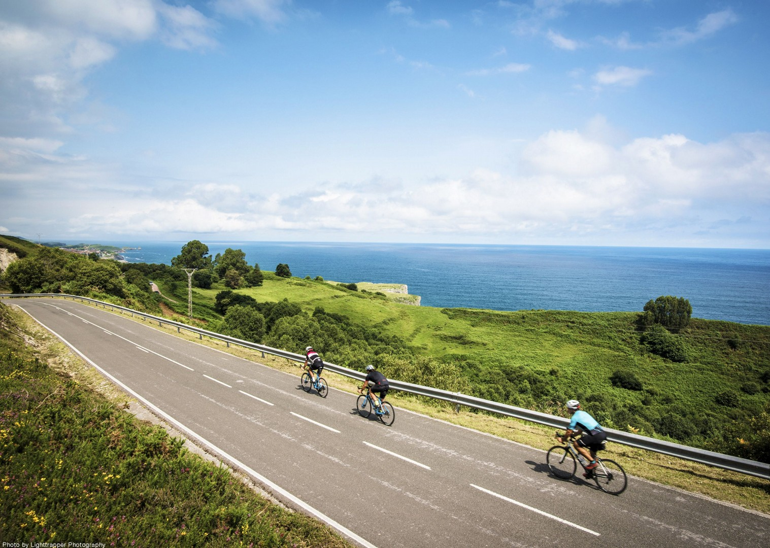 atlantic-coastline-road-cycling-views-spectacular.jpg - Northern Spain - Road to Santiago - Guided Road Cycling Holiday - Road Cycling