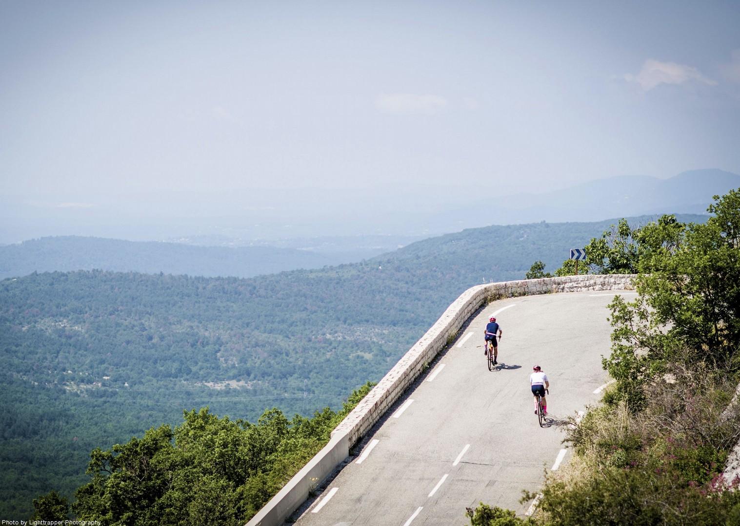 pro-cycling-col-de-la-madone-climb-cycling-road.jpg - NEW! France - Provence - Alpes Maritimes - Road Cycling