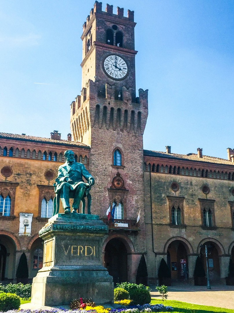 teatro-verdi-italy-holiday-self-guided-leisure-cycling.jpg - Italy - Emilia Romagna - Self-Guided Leisure Cycling Holiday - Leisure Cycling