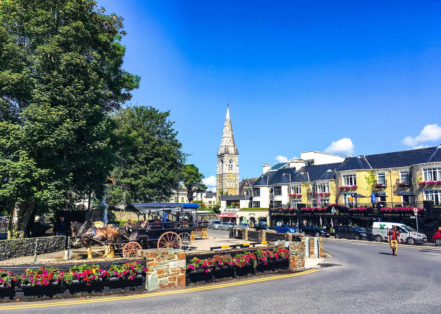irish-town-highlights-of-kerry-holiday-self-guided-leisure-cycling.jpg - Ireland - Highlights of Kerry - Self-Guided Leisure Cycling Holiday - Leisure Cycling
