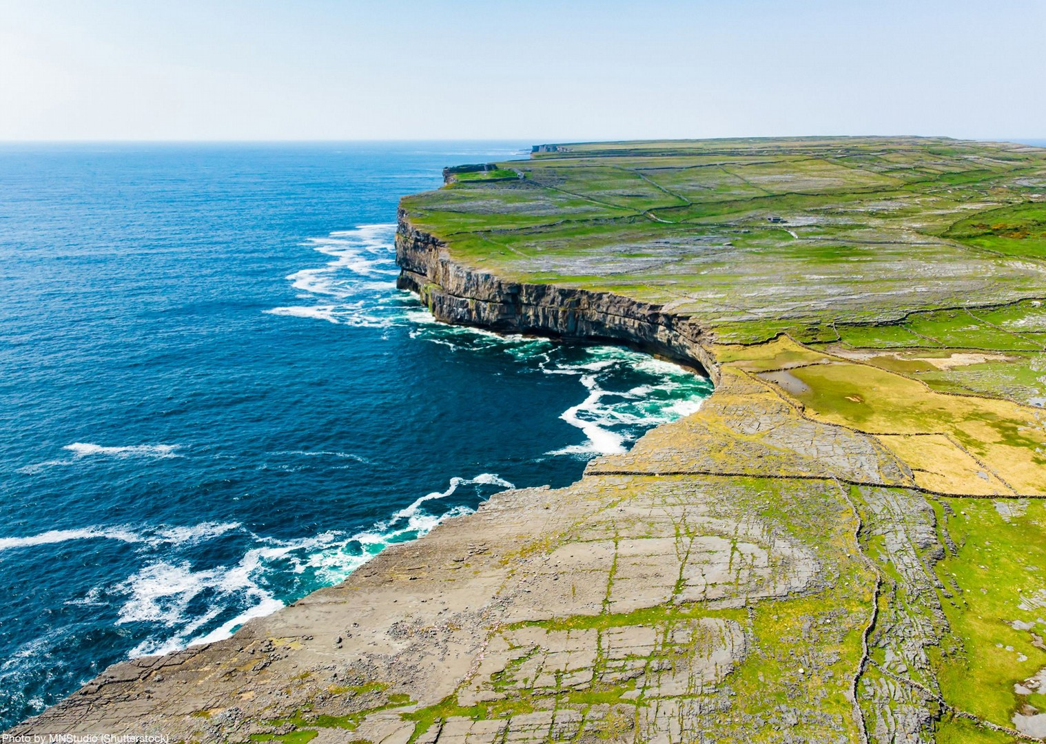ireland-self-guided-cycling-irish-scenery-leisure-holiday.jpg - NEW! Ireland - Connemara and the Aran Isles - Leisure Cycling