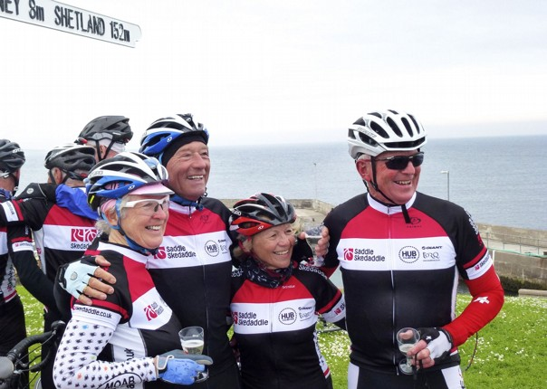 cycling-holiday-sustrans-lands-end-to-john-ogroats-lejog-group.jpg - UK - Land's End to John O'Groats Explorer (22 days) - Guided Cycling Holiday - Leisure Cycling
