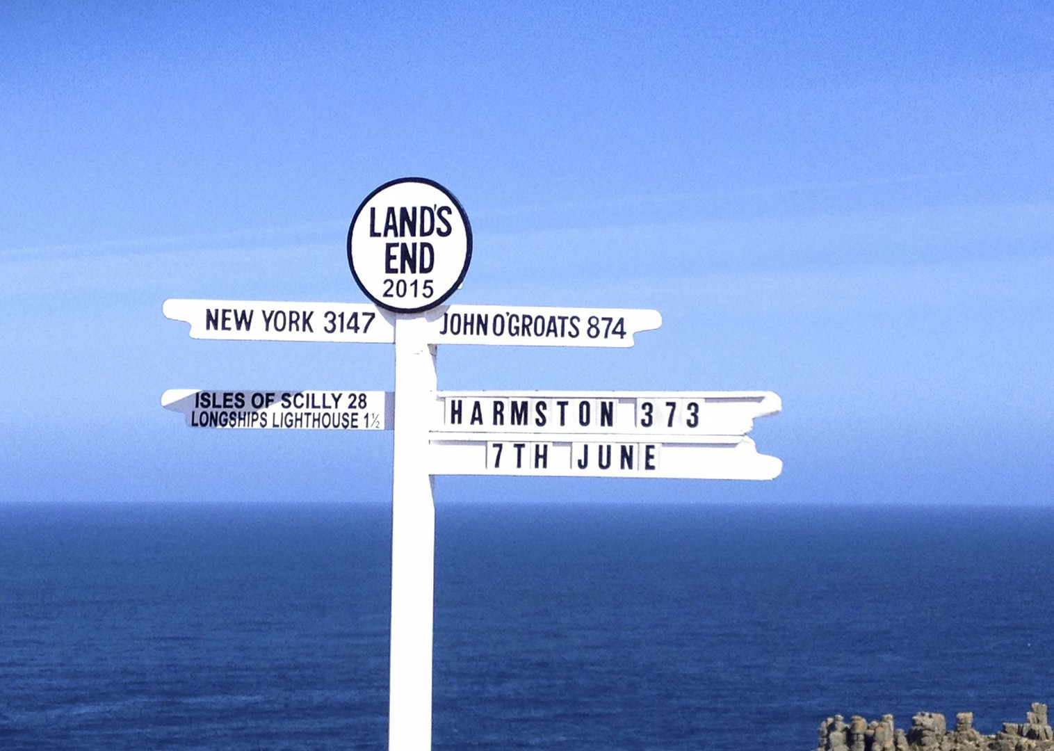 sign-post-lands-end-cycling.jpg - UK - Land's End to John O'Groats Explorer (22 days) - Guided Cycling Holiday - Leisure Cycling