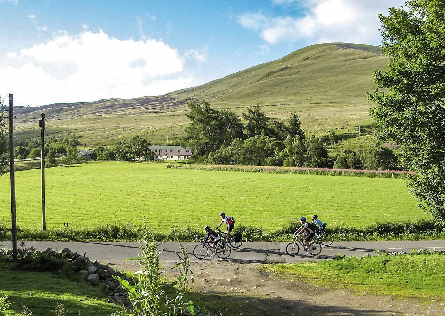 22-day-guided-cycling-lands-end-to-john-ogroats-road-cycling-holiday-in-uk.jpg - UK - Land's End to John O'Groats Explorer (22 days) - Guided Cycling Holiday - Leisure Cycling