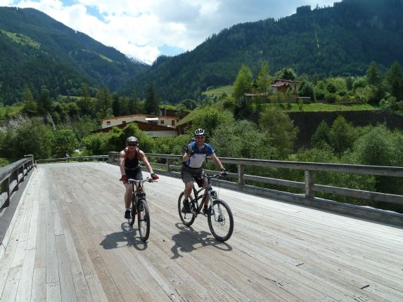 via claudia cycling holiday2.jpg - Austria and Italy - La Via Claudia - Leisure Cycling