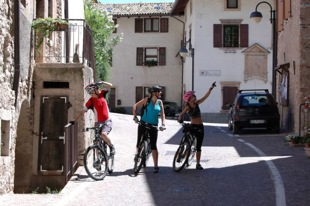 via claudia cycling holiday33.jpg - Austria and Italy - La Via Claudia - Leisure Cycling