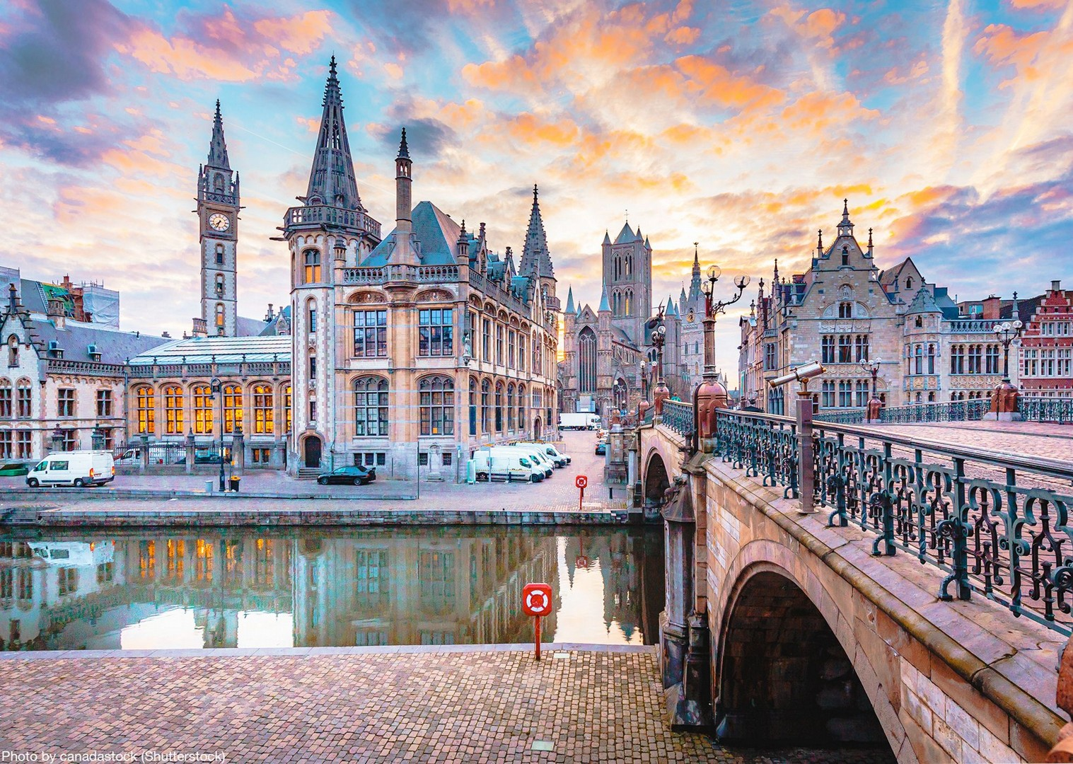 bike-and-boat-holiday-saint-nicholas-church-ghent-amsterdam-to-bruges.jpg - Holland and Belgium - Amsterdam to Bruges - Leisure Cycling