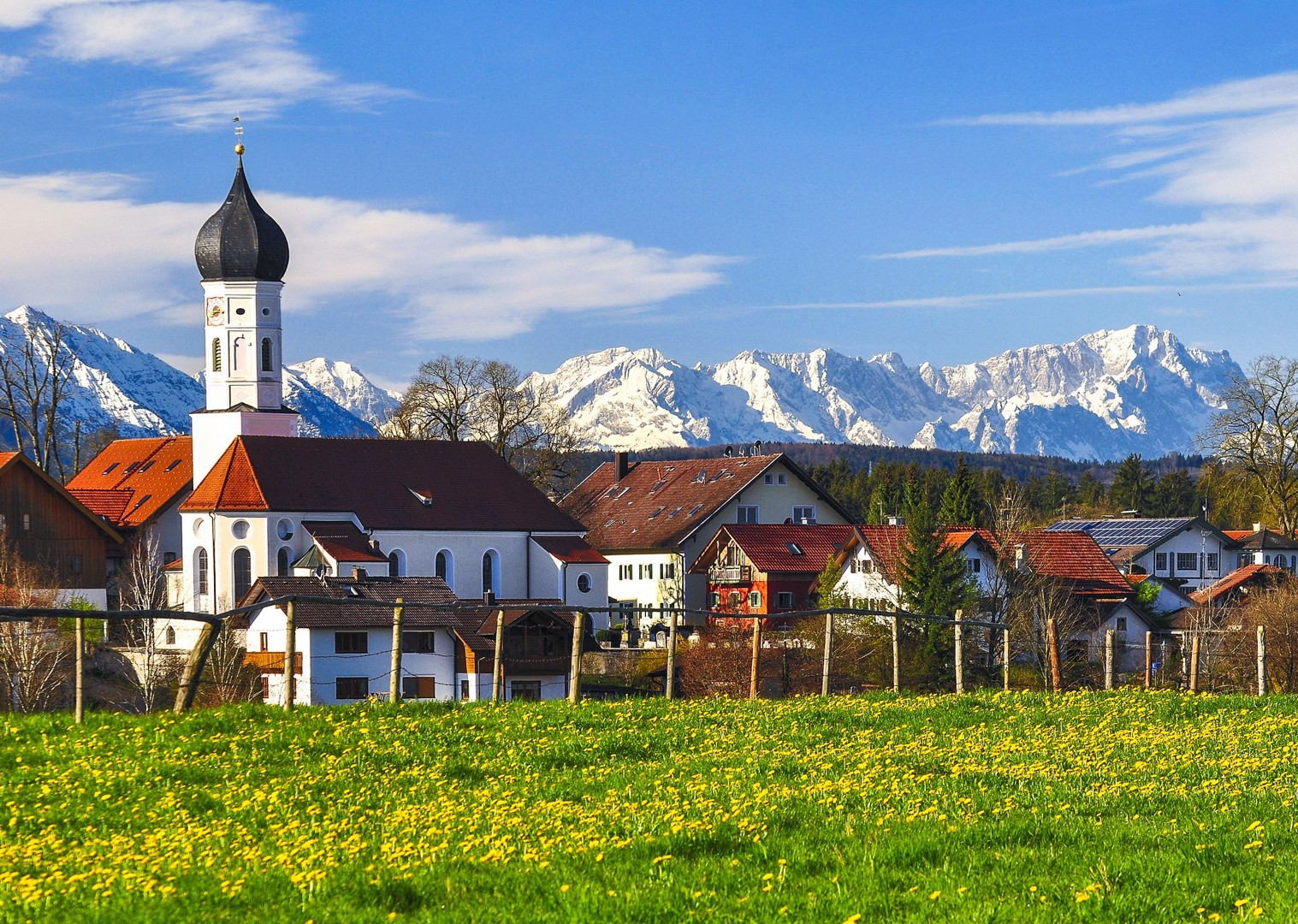 scenery-germany-village-alps-garmisch-partenkirchen-cycling-tour.jpg - Germany - Bavarian Lakes - Self-Guided Leisure Cycling Holiday - Leisure Cycling