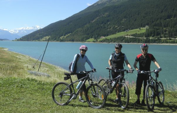DSCN0574.jpg - Austria - Ten Lakes Tour - Self-Guided Leisure Cycling Holiday - Leisure Cycling