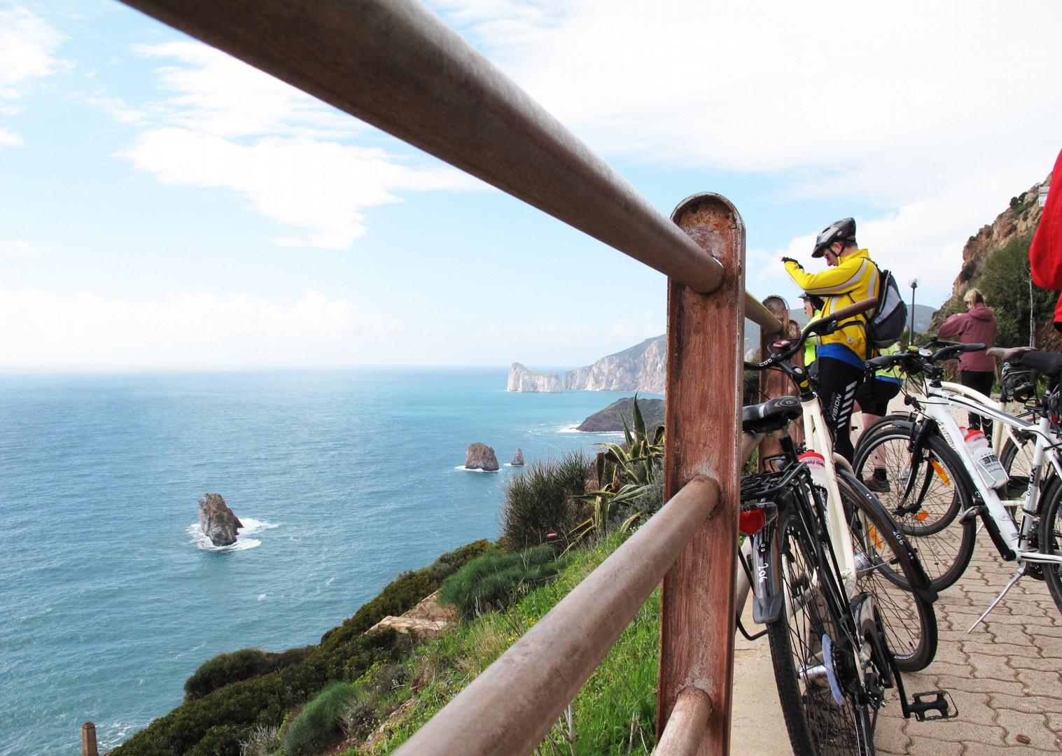 bikes-cycling-group-holiday-sardinia.jpg - Sardinia - Island Flavours - Guided Leisure Cycling Holiday - Leisure Cycling