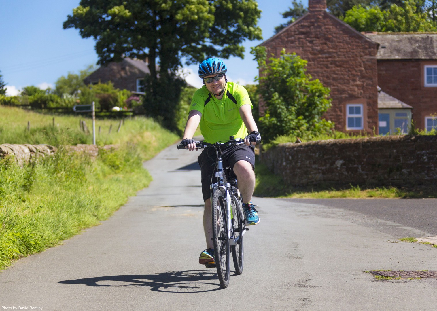 Cycle-Hadrians-Wall-UK-Hadrians-Cycleway-Self-Guided-Leisure-Cycling-Holiday.jpg - UK - Hadrian's Cycleway - 4 Days Cycling - Self-Guided Leisure Cycling Holiday - Leisure Cycling