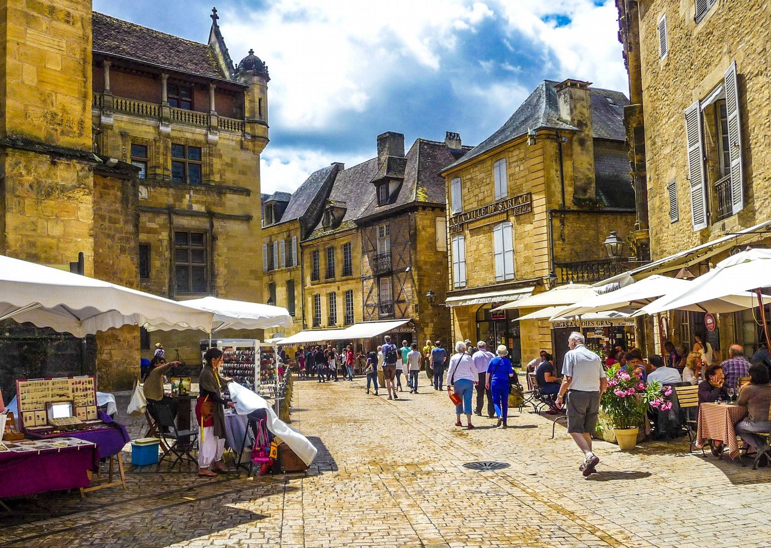 _Customer.81893.17843-2.jpg - France - Dordogne - Caves and Castles - Self-Guided Leisure Cycling Holiday - Leisure Cycling