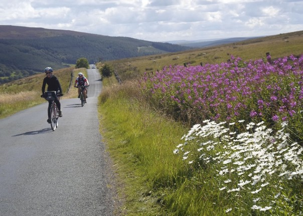 UK - Way of the Roses - 5 Day - Supported Leisure Cycling Holiday Image