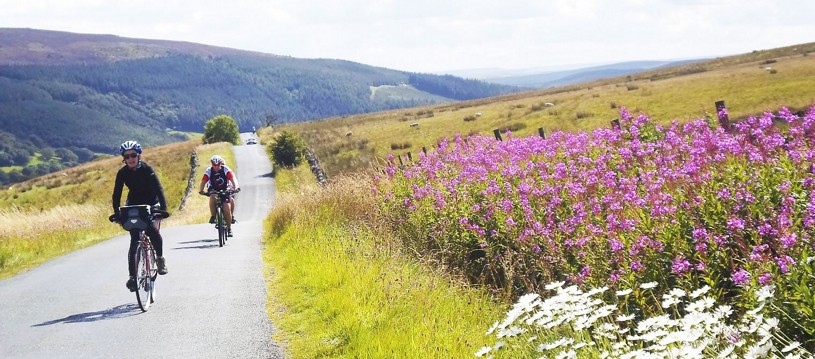 The Way of the Roses is a rewarding and challenging trip, and a great way to cycle from coast to coast. It will take you from Morecambe in Lancashire to Bridlington in Yorkshire through countless little villages and beautiful countryside.
