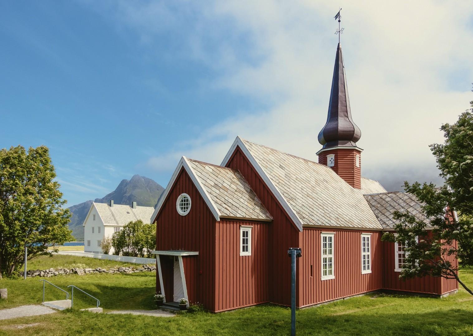 leisure-cycling-holiday-lofoten-house.jpg - Norway - Lofoten Islands - Self-Guided Leisure Cycling Holiday - Leisure Cycling