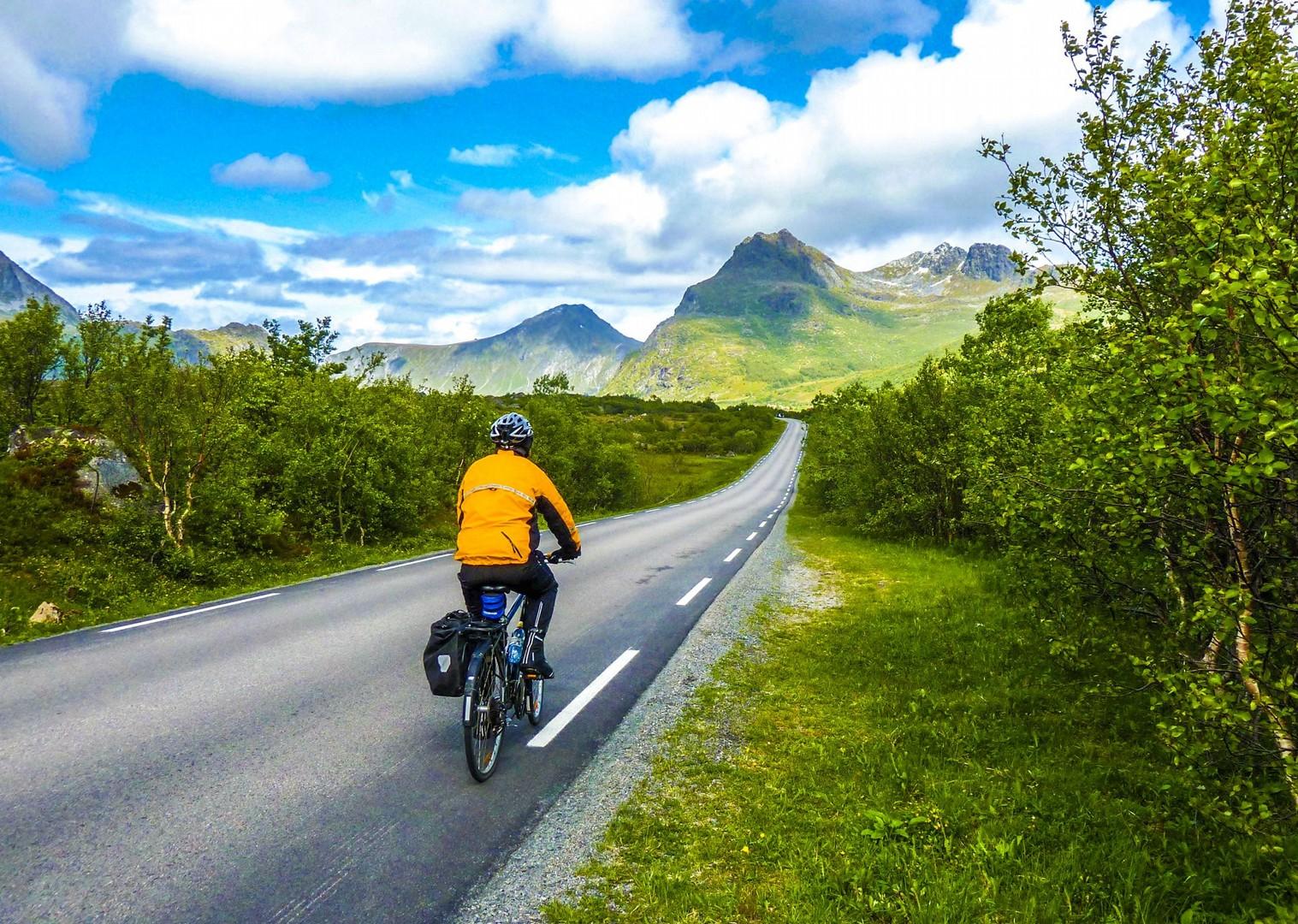 cycling-on-roads-norway-europe-lofoten-islands-self-guided.jpg - Norway - Lofoten Islands - Self-Guided Leisure Cycling Holiday - Leisure Cycling