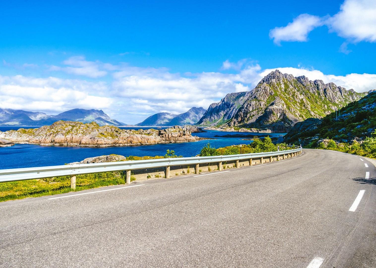cycle-incredible-views-lofoten-mountains-leisure-saddle-skedaddle.jpg - Norway - Lofoten Islands - Self-Guided Leisure Cycling Holiday - Leisure Cycling