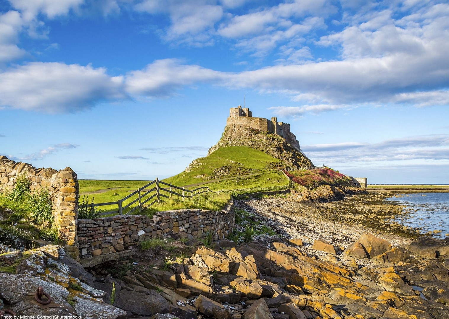 northumberland-coast-cycling-tour-local-castles-culture.jpg - UK - Northumberland Coast - 2 Days - Self-Guided Leisure Cycling Holiday - Leisure Cycling
