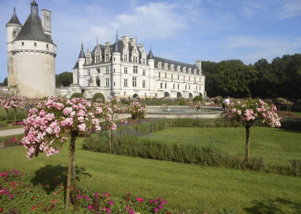 chenonceaux 6.jpg - France - Gentle Loire - Self-Guided Leisure Cycling Holiday - Leisure Cycling