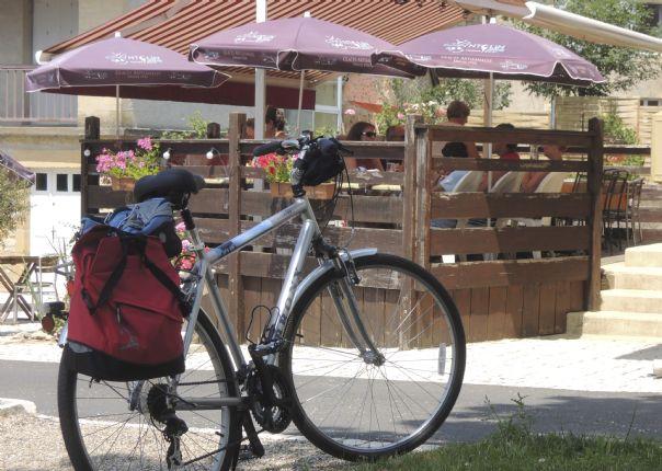 burgundycycling7.jpg - France - Gentle Loire - Self-Guided Leisure Cycling Holiday - Leisure Cycling