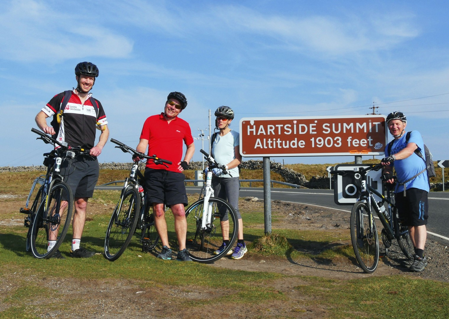 c2c-summit-cumbria-heartside-cyclists-bikes.jpg - UK - C2C - Coast to Coast - Supported Leisure Cycling Holiday - Leisure Cycling