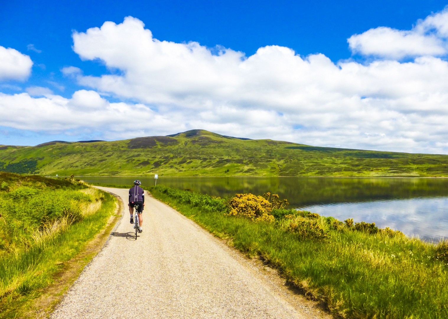 lochs-and-glens-of-scotland-uk-by-bike-cycling-self-guided-tour.jpg - UK - Scotland - Lochs and Glens - Leisure Cycling