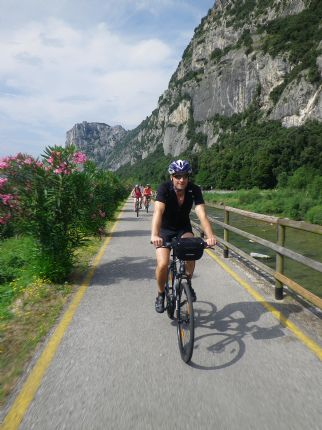 gar1.jpg - Italy - Lake Garda to Venice - Self-Guided Leisure Cycling Holiday - Leisure Cycling