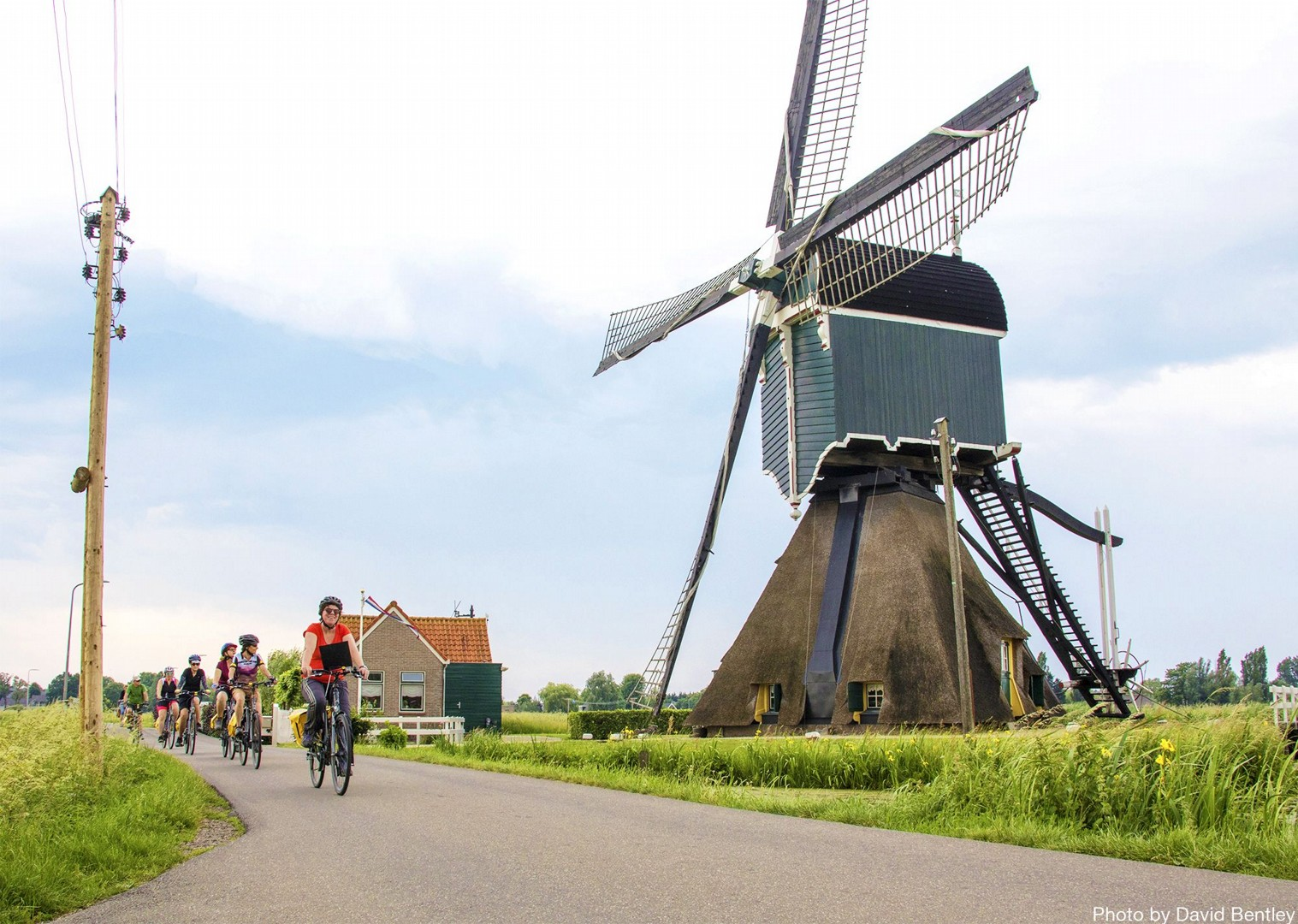 local-leaders-to-guide-through-off-road-tracks-of-holland.jpg - Holland - Green Heart - Bike and Barge Holiday - Leisure Cycling
